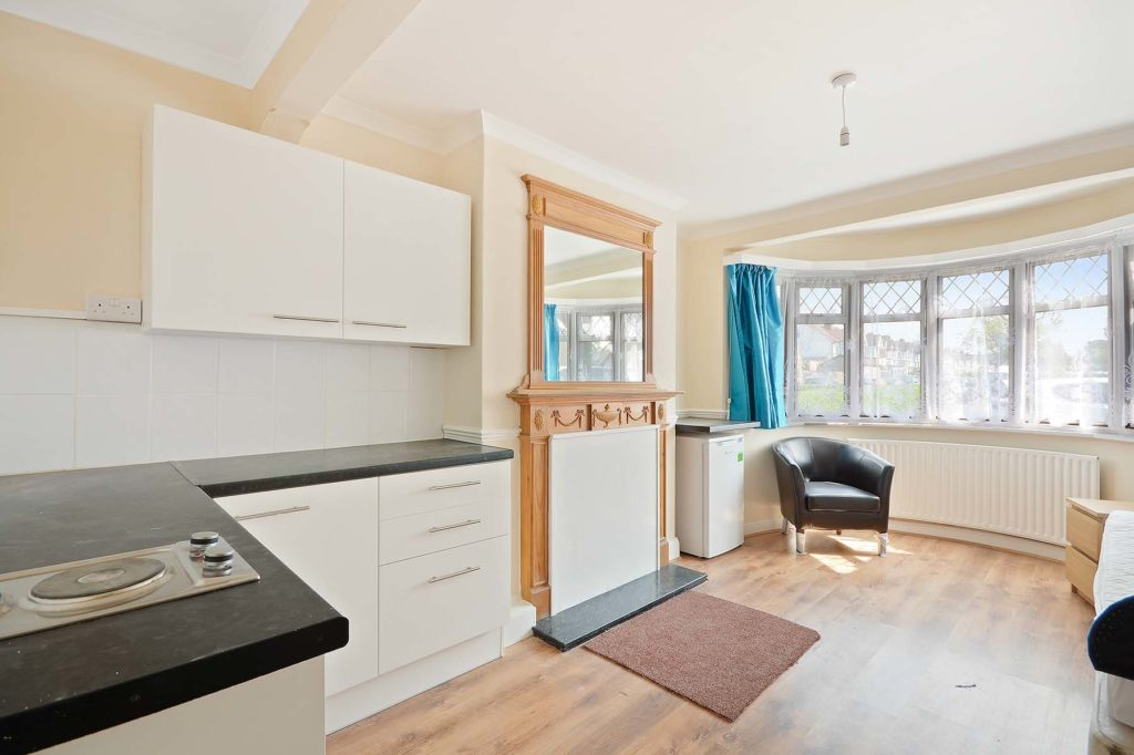 44 Merlins Ave Pictures